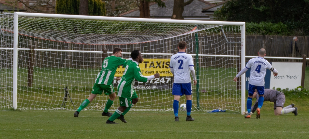 Football: Rusthall carry on unbeaten against Bearsted
