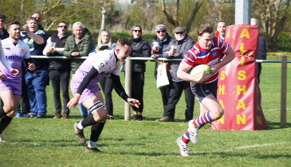 Rugby: Tonbridge Juddians romp to nine tries against Clifton