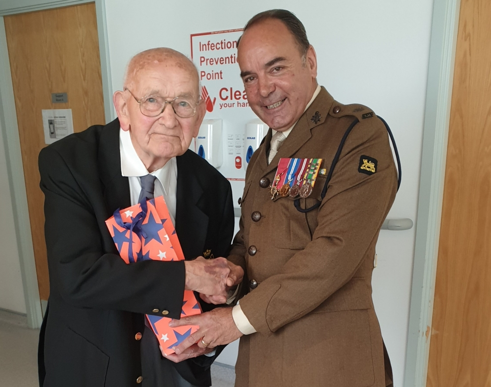 Surprise for D-Day veteran as he visits his wife in Tunbridge Wells hospital
