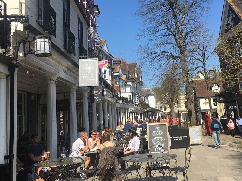 5 places to drink outside in Tunbridge Wells