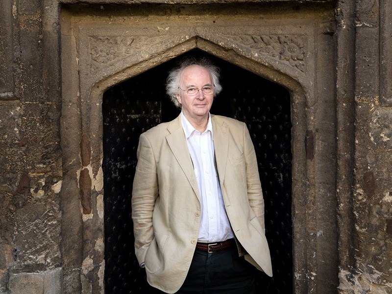 Sevenoaks Bookshop wins nationwide competition to host Philip Pullman event