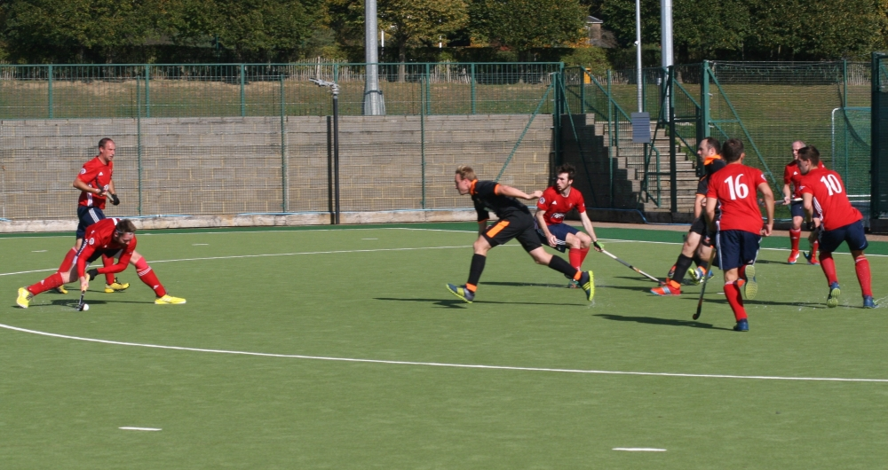 Hockey: Roberts rises to the occasion as Tunbridge Wells step up