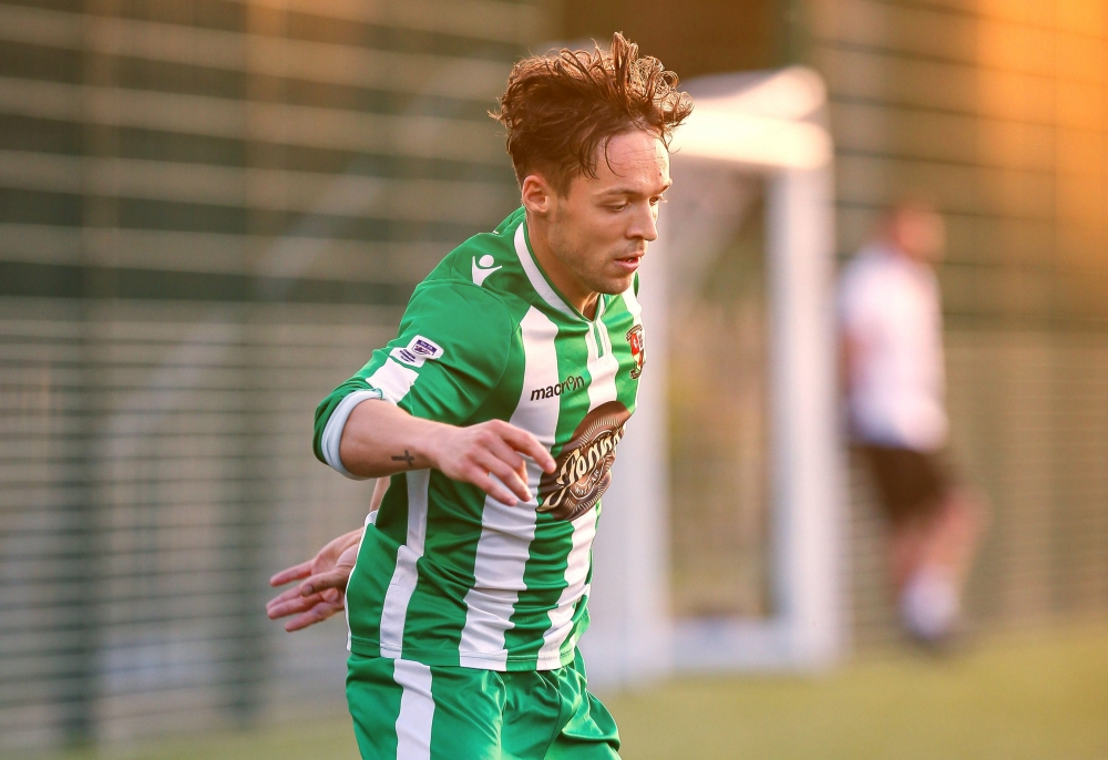 Football: Robinson's coastal rescue as Rusthall put up a fight