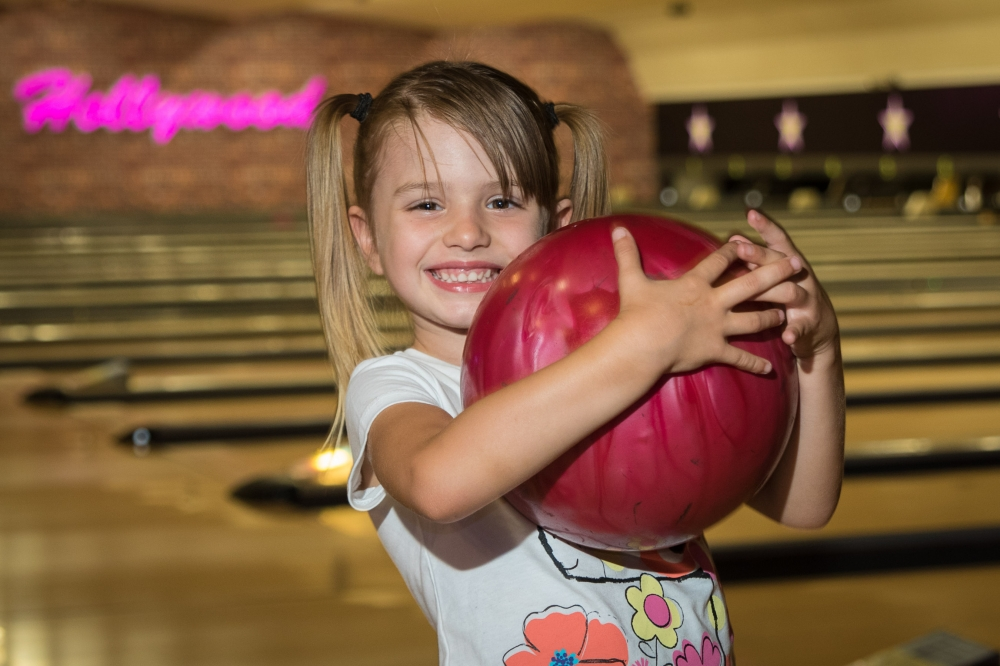Win a VIP family bowling pass at Hollywood Bowl! worth over £140!
