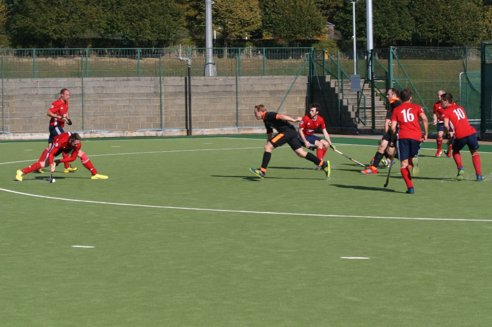 Hockey: Tunbridge Wells run riot at Henley