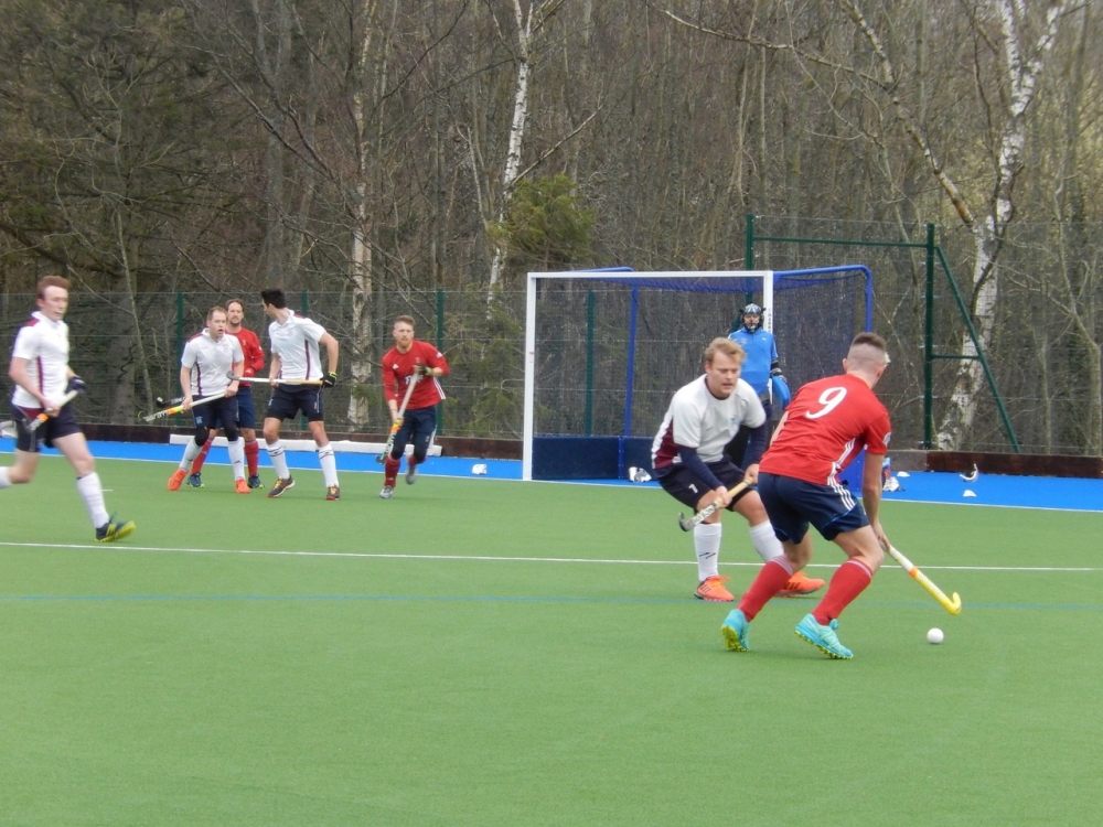 Hockey: Tunbridge Wells' hat-trick hero too strong for Milton Keynes