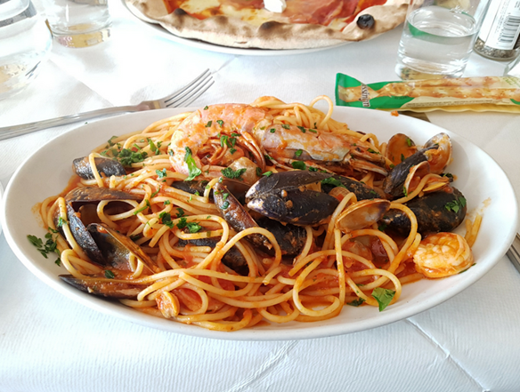 SPAGHETTI AI FRUTTI DI MARE is a dish worth enjoying at Il Vesuvio in Tunbridge Wells