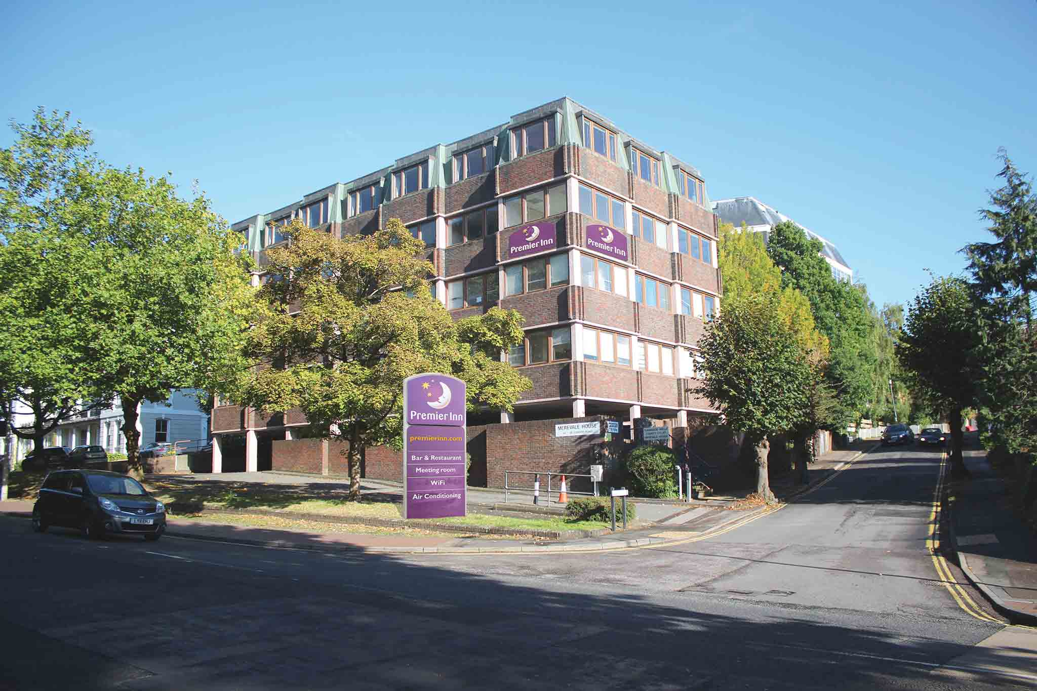 Premier Inn Tunbridge Wells