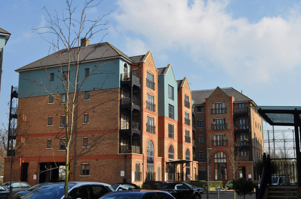 CONTROVERSIAL - Davit House in Medway Wharf Road