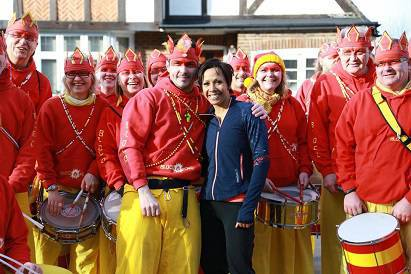 THE TIME TO BEAT Dame Kelly Holmes with the Bloco Fogo drummers